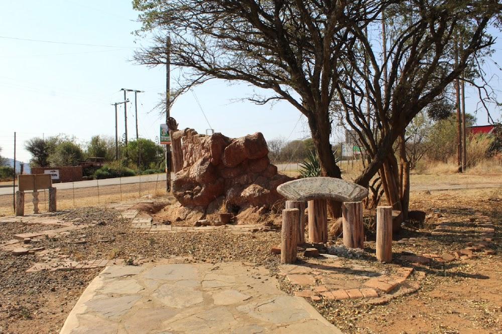 Zuma monument abandoned