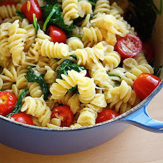 Creamy Lemon Pasta with Spinach & Tomatoes.