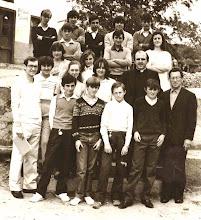 Photo: Pedro, Jesús (Aida), Viki, Oscar, Pepin,...., Jesús, Nati, Pilarin, Merche, Maite, Loli, Celi, Chema, Pablo, Marce, Fitin y el padre Campillo.
