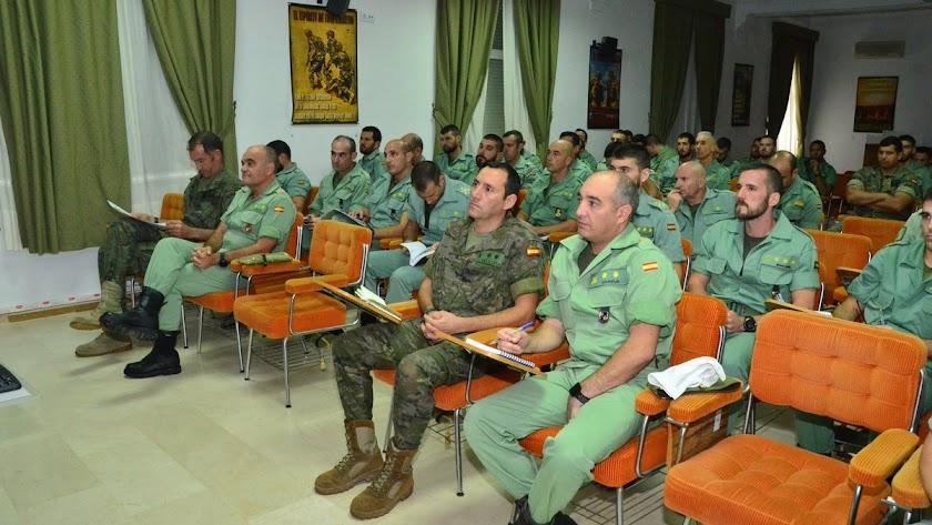 Seminario sobre la Brigada 2035 en la base de Viator.
