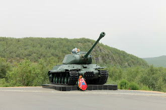 Photo: Тяжелый танк ИС-2.