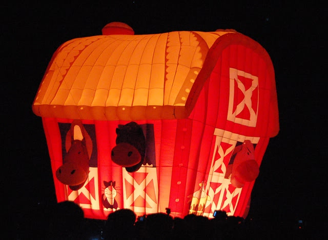 barn hot air balloon