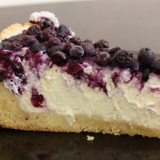 Cheesecake With Berries.
