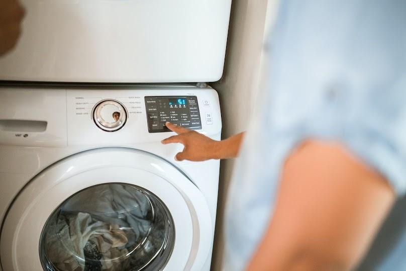 Pralnia w domu - czy warto wydzielić osobne pomieszczenie w domu?