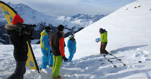 Swiss Mountain Training - formation avalanche ouvert au grand publique à Verbier  / Avalanche training open to everybody