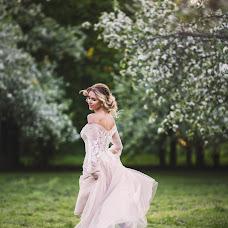Wedding photographer Aleksandra Makarova (Aleksaa). Photo of 18.05.2018