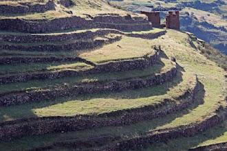 Photo: Portada de acceso a Huchuyqosqo Camino inca que va de Tambomachay a Huchuyqosqo