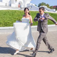 Wedding photographer Vika Tolmacheva (Viko). Photo of 18.03.2015