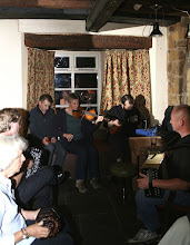 Photo: 3inabar © The Priston Festival 2009, photo: Richard Bottle