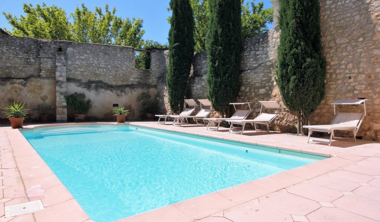 Maison avec piscine et terrasse Velleron