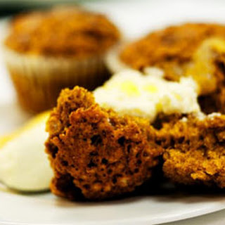 Honey Spice Cupcakes and Ginger Cream