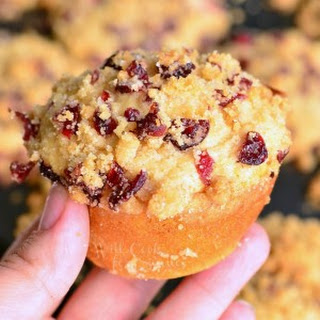 Cranberry White Chocolate Chip Streusel Muffins