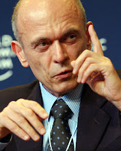 Photo: DAVOS/SWITZERLAND, 22JAN04 - Janez Drnovsek, President of Slovenia, makes a point during the session 'What Europe Should CEOs Prepare For?' at the Annual Meeting 2004 of the World Economic Forum in Davos, Switzerland, January 22, 2004. 