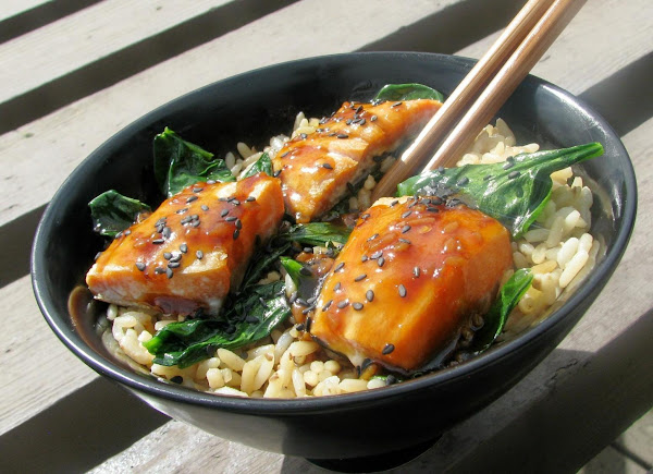 Asian Salmon Bowl With Lime Drizzle Recipe