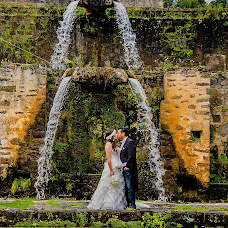 Wedding photographer Hugo Morales (hugomoralesfoto). Photo of 06.10.2015