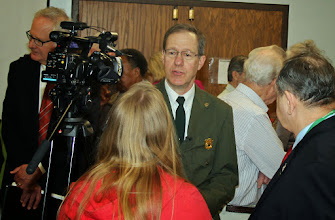 Photo: Vic Knox exchanged ideas about the new park with with many Oak Ridgers