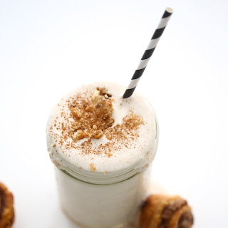 Five Minute Cinnamon Roll Milkshake