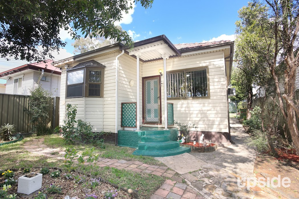 Main photo of property at 86 Farnell Street, Merrylands 2160