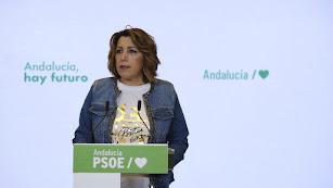 Susana Díaz, en su comparecencia de este mediodía.