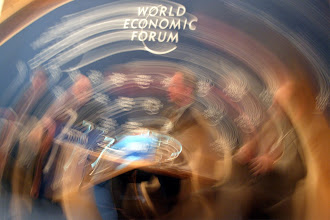 Photo: DAVOS,24JAN03 - Impression of the World Economic Logo during the 'Annual Meeting 2003' of the World Economic Forum in Davos, Switzerland, January 24, 2003. 