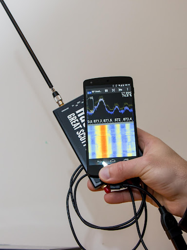 Screenshot for RF Analyzer in United States Play Store