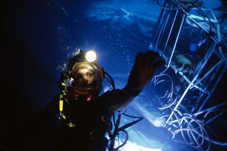 Photo: ÒThe Abyss,Ó the deep-sea epic renowned for its pioneering digital water effects and sophisticated underwater photography and sound recording, will be screened at a special 20th anniversary event by the Academy of Motion Picture Arts and Sciences on Tuesday, June 23, at 7:30 p.m. at the Linwood Dunn Theater in Hollywood.  This screening will premiere a newly struck 35mm print from the Academy Film Archive.Pictured: A scene from THE ABYSS, 1989.