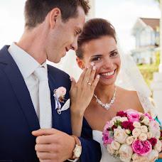Wedding photographer Yuriy Sharov (Sharof). Photo of 10.03.2014