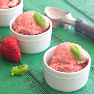 Strawberry Basil Frozen Yogurt.