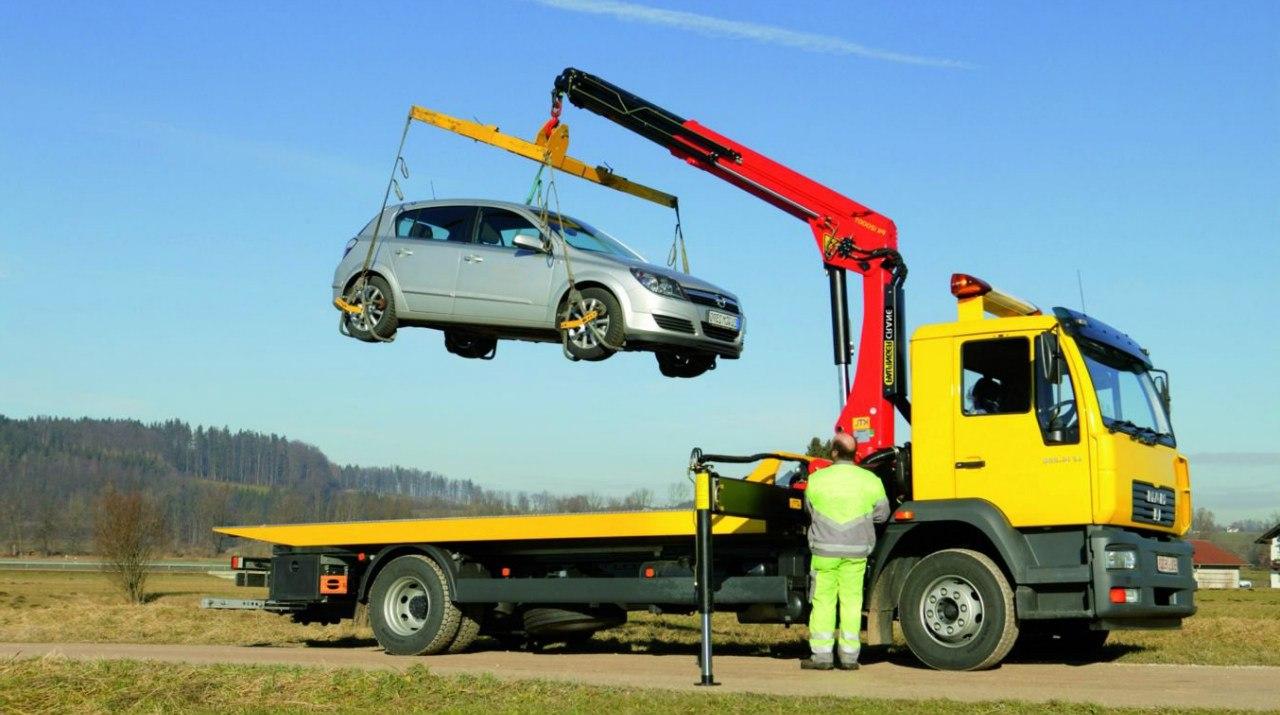 Безопасный процесс эвакуации авто