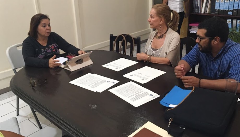 MINISTRA DE JUSTICIA Y PAZ FIRMÓ CONVENIOS CON ALCALDES DE DESAMPARADOS Y POCOCÍ