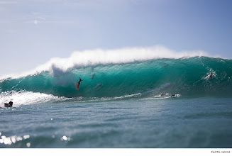 Photo: Photo of the Day: JD Irons, Pipeline. Photo: Noyle #Surfer #SurferPhotos