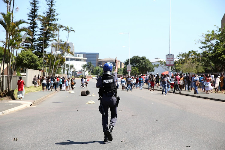 UNISA students protesting after staff at the institution went on strike. Picture: THULI DLAMINI