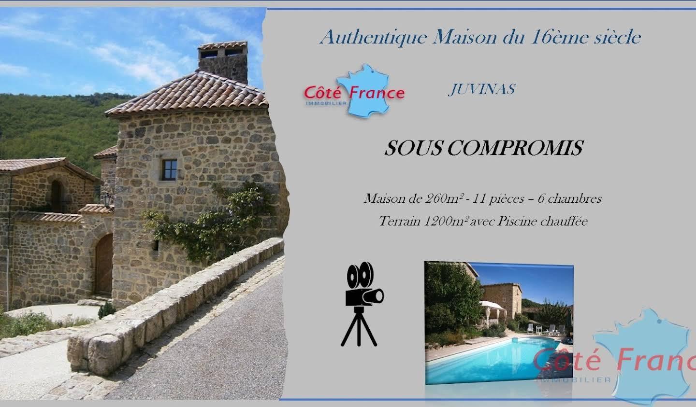 Maison avec piscine et terrasse Juvinas