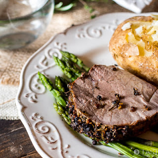 Garlic Herb-Crusted Roast Beef
