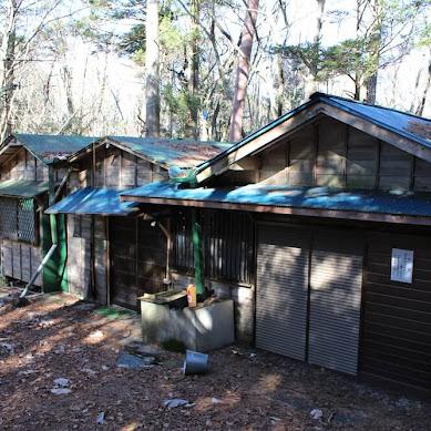 【事件現場を歩く】富士山の裾野、青木ヶ原樹海の秘境にある「謎の宗教施設」で説教を受け夕飯をごちそうになってきた