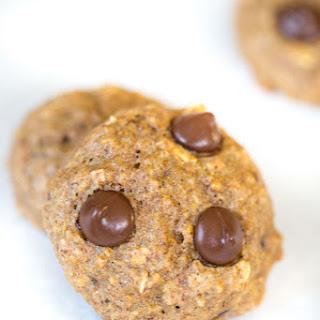 Banana Quinoa Chocolate Chip Cookies {Lactation Cookies!}.