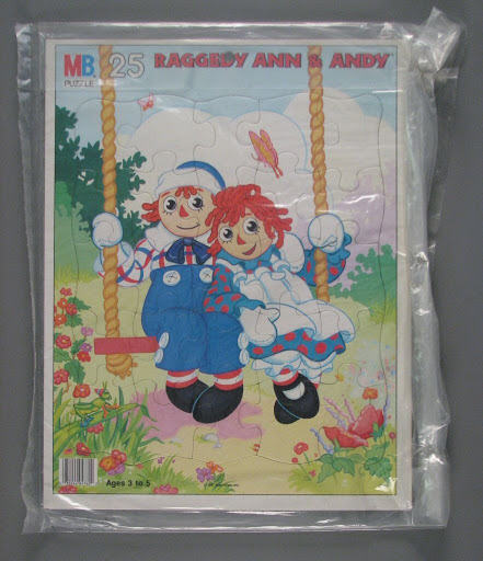 Jigsaw puzzle:Raggedy Ann and Andy Swing Tray Puzzle
