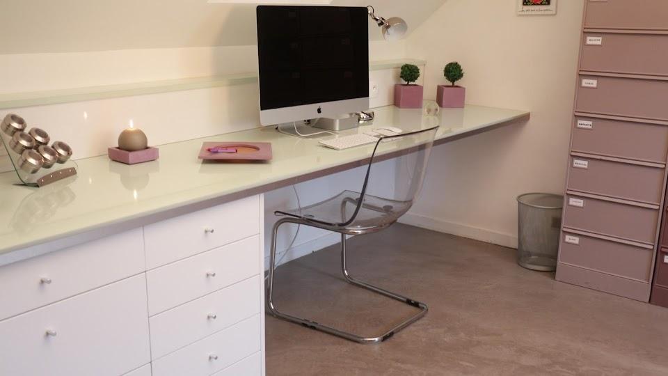 Bureau Design en béton ciré décoratif