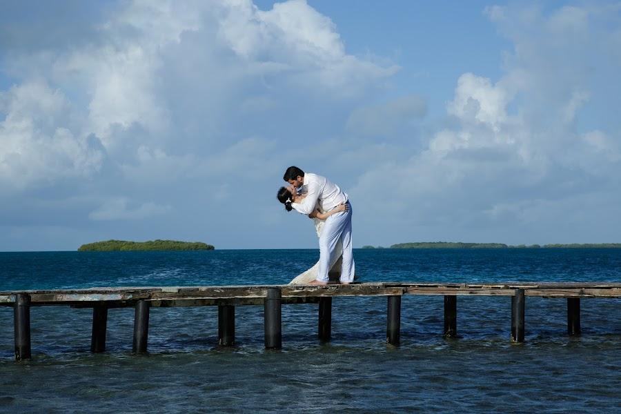 Wedding photographer Victor Rodriguez urosa (victormanuel22). Photo of 18.09.2017