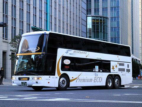 西日本JRバス「プレミアムエコドリーム」 4137 東京駅日本橋口にて