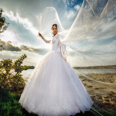 Wedding photographer Denis Pazyna (POCTOB). Photo of 27.09.2016