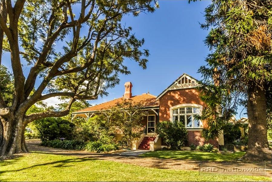 Braeside 37 Lorna Street Waratah, NSW 2298 (1885)