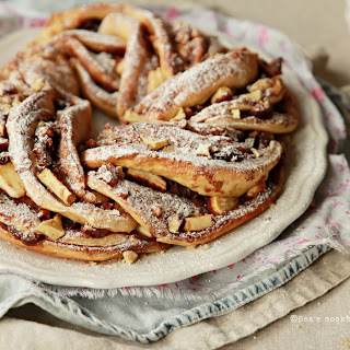CINNAMON SWIRL BREAD with apples, dates and walnuts