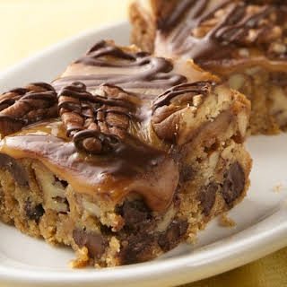 Ultimate Turtle Cookie Bars.