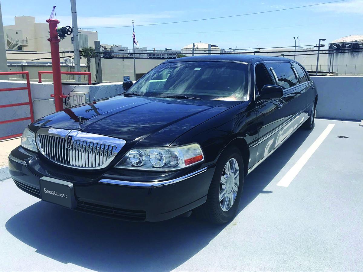 Lincoln Krystal Limousine Hire Fort Lauderdale