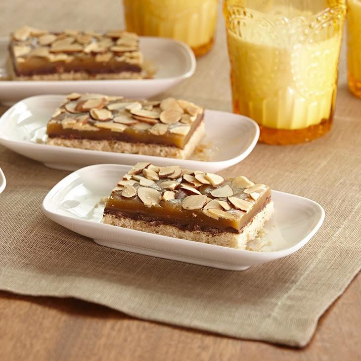Almond Praline Bars Recipe