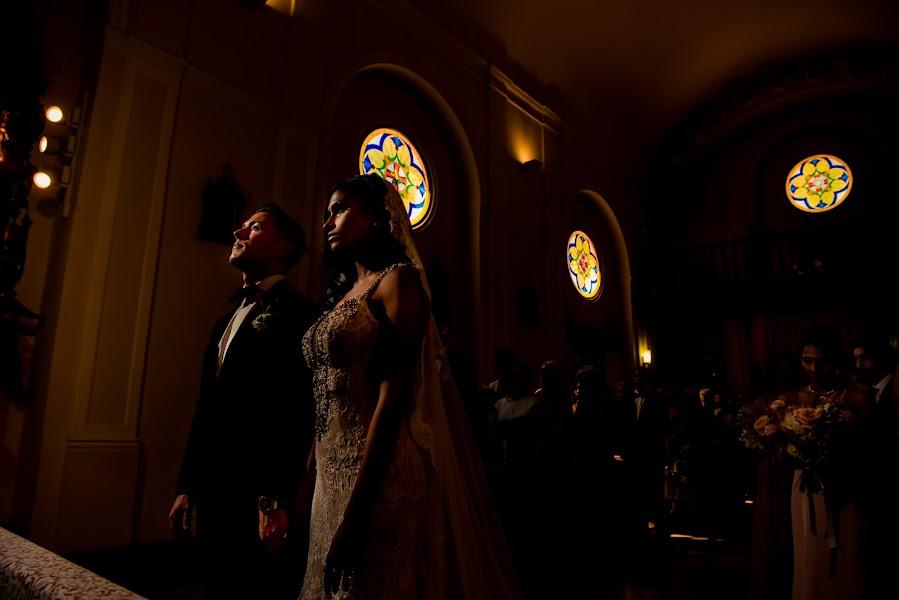 Wedding photographer Olmo Del valle (olmodelvalle). Photo of 27.06.2019