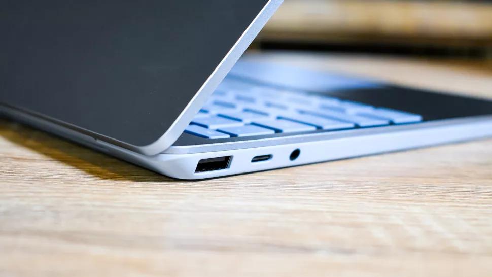 Đánh giá Surface Laptop Go - Sự đầu tư xứng đáng cho các tiện ích văn phòng 2