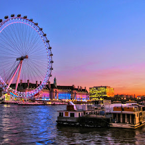 London Eye at sunset by Fabio Ferraro - Travel Locations Landmarks ( england, london eye, london, thames, ferris wheel )