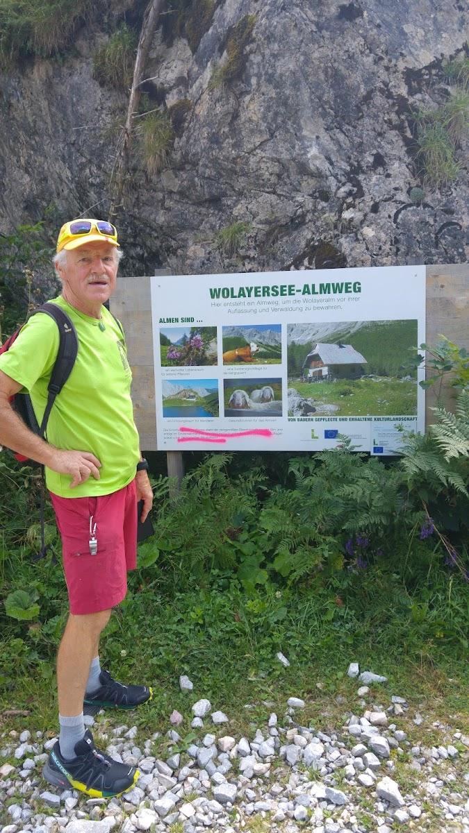 Parkplatz Richtung Wolayersee ist ein hoch gelegener Bergsee